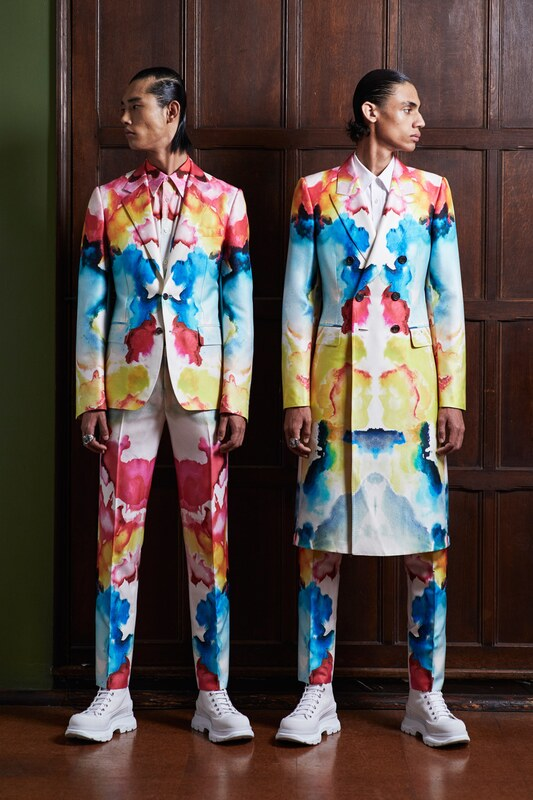Spring Summer 20 Menswear, Alexander McQueen, Marble Print Tailored Suit