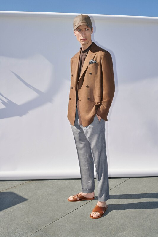 Spring Summer 20 Menswear Brioni Suit in Brown Color