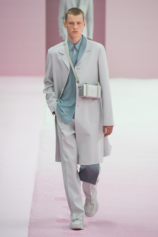 Spring Summer 20 Menswear, Dior, Suit in Neo Mint with Cross Body Bag
